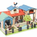 The WoodenToyShop Guide to Wooden Farm Toys